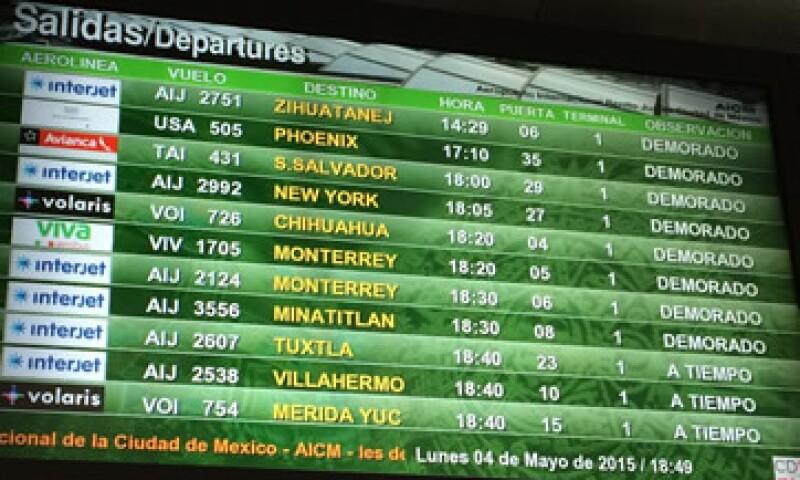 Los vuelos desviados regresarán a la Ciudad de México en cuanto las pistas estén listas. (Foto: Ilse Santa Rita )