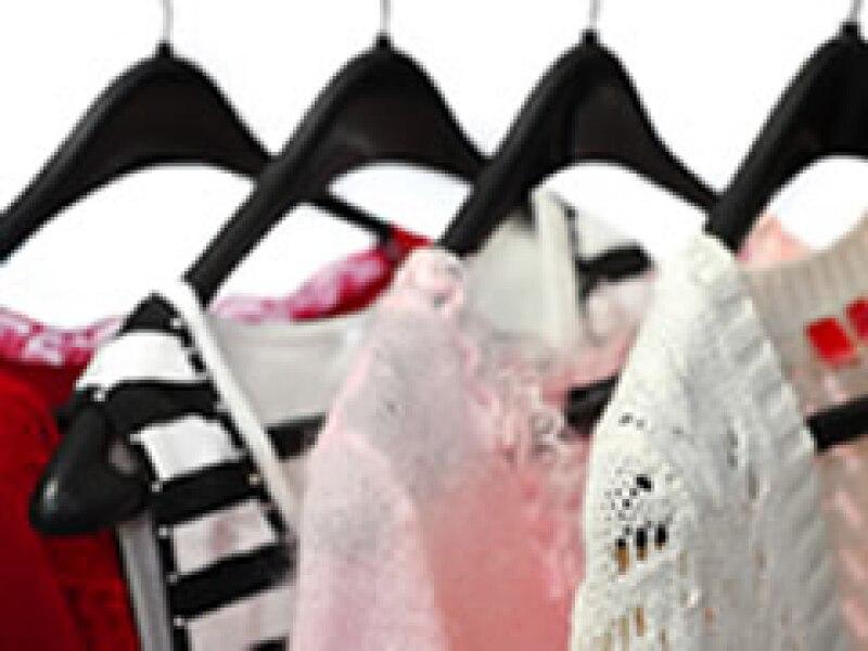 La crisis ha dejado desnudos a muchos empleados de la industria del vestido. (Foto: Archivo)