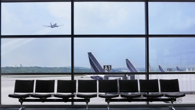 area de espera en un aeropuerto