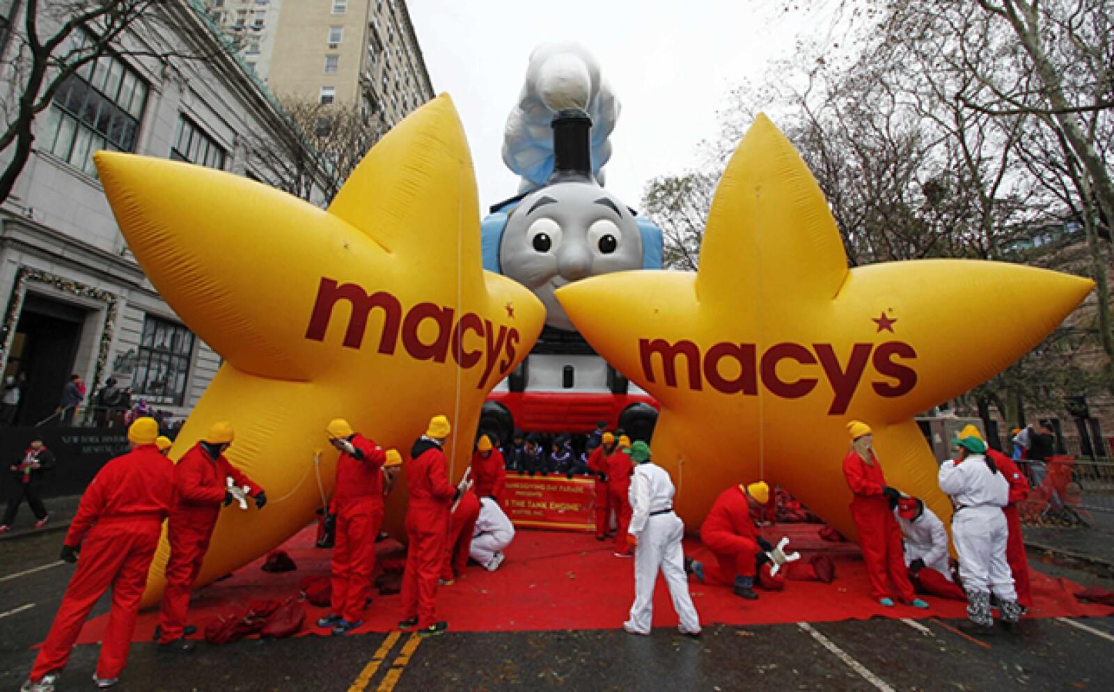 El desfile de Acción de Gracias del gigante minorista Macy's tiene 90 años.