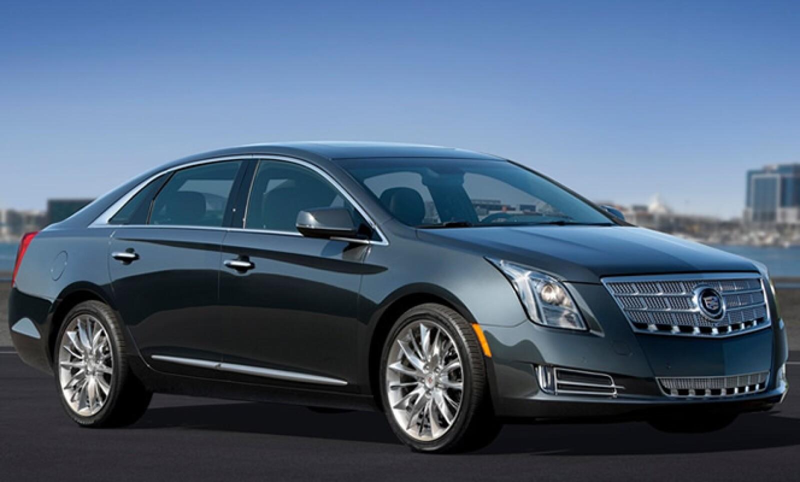 ´El modelo es impulsado por un motor V6 de 3.6 litros con inyección directa que desarrolla 300 caballos de fuerza.