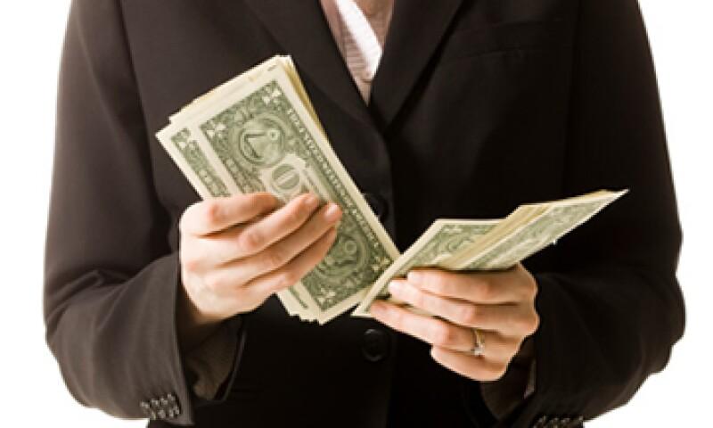 El tipo de cambio es de 12.6305 pesos, para solventar obligaciones denominadas en moneda extranjera. (Foto: Getty Images)