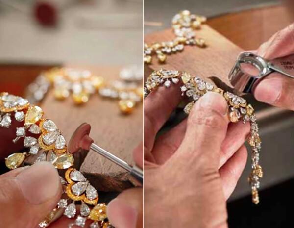 Todas las piezas nacen a partir de una moldura en cera, y toda gema es inspeccionada para medir su calidad y perfección.