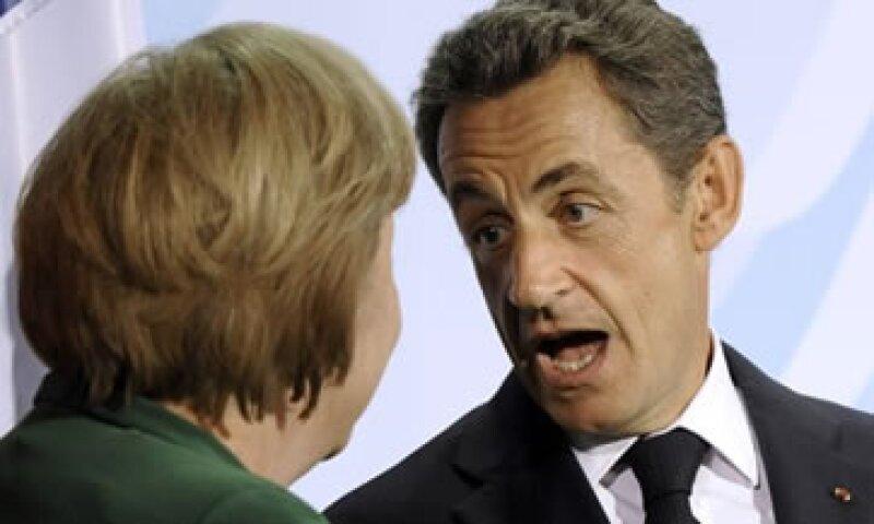 Los medios reportan que existen diferencias importantes sobre la postura de Francia y Alemania frente a la crisis. (Foto: AP)