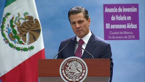 """Peña pide a los mexicanos """"no nublar la vista a los avances y al desarrollo"""""""