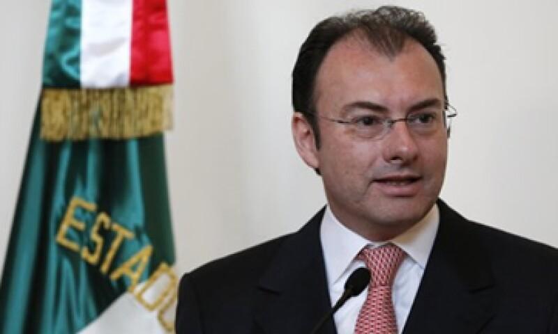 Luis Videgaray negó que la tasa de ISR que ahora se paga en México sea más alta que en EU.   (Foto: Notimex)