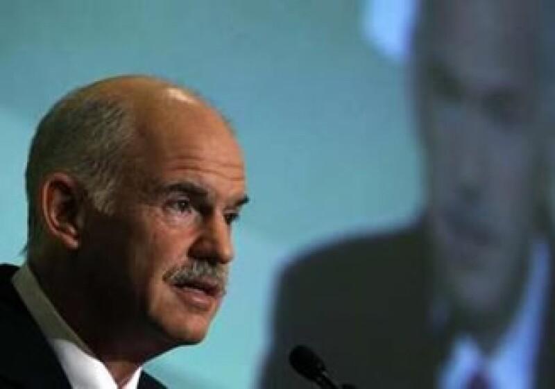 George Papandreou dijo que no planea confiarse en los recursos del FMI y la UE, sino impulsar reformas. (Foto: Reuters)