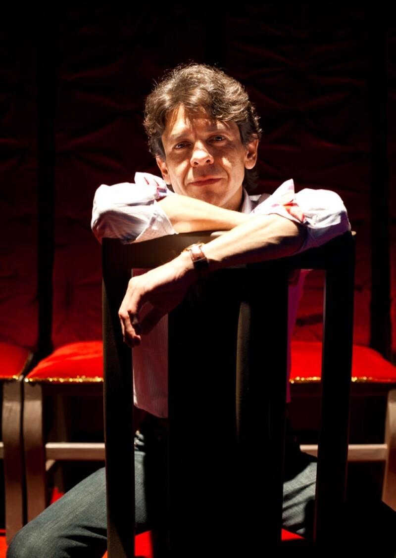 Omar Catalán, el productor de la nominada al Tony award en 2007 Despertando en Primavera.
