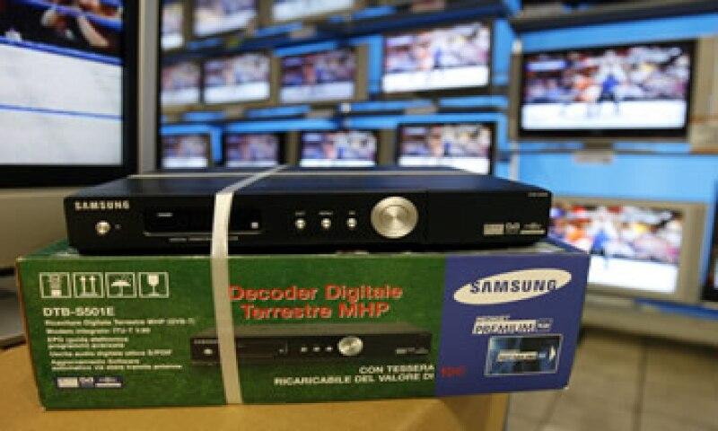 La Cofetel busca la manera óptima de incrementar el acceso de la TV digital a los hogares de México. (Foto: AP Images)