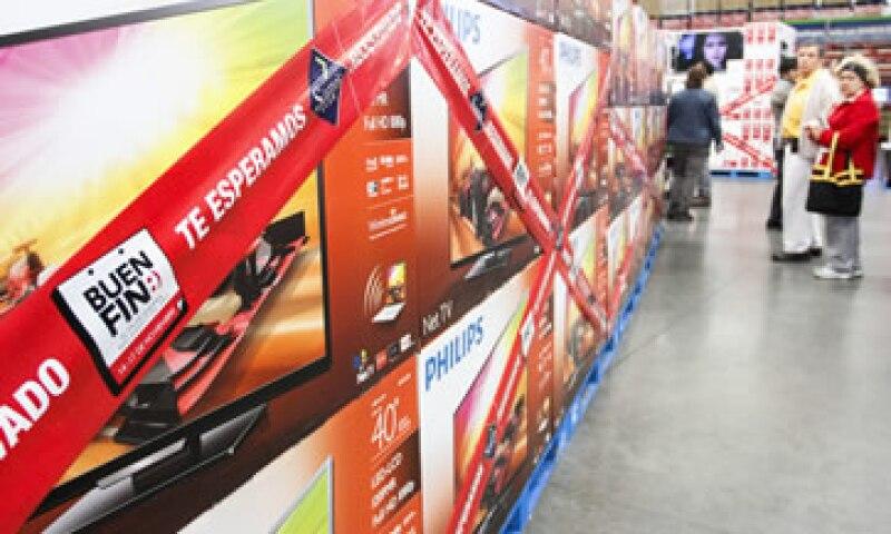 La Profeco suspendió 77 tiendas durante el evento comercial.  (Foto: Cuartoscuro )