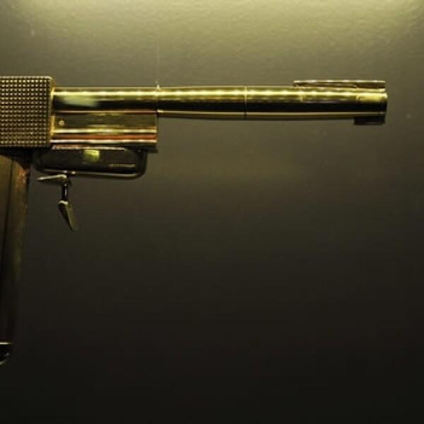 pistola de oro usada pelicula de james bond
