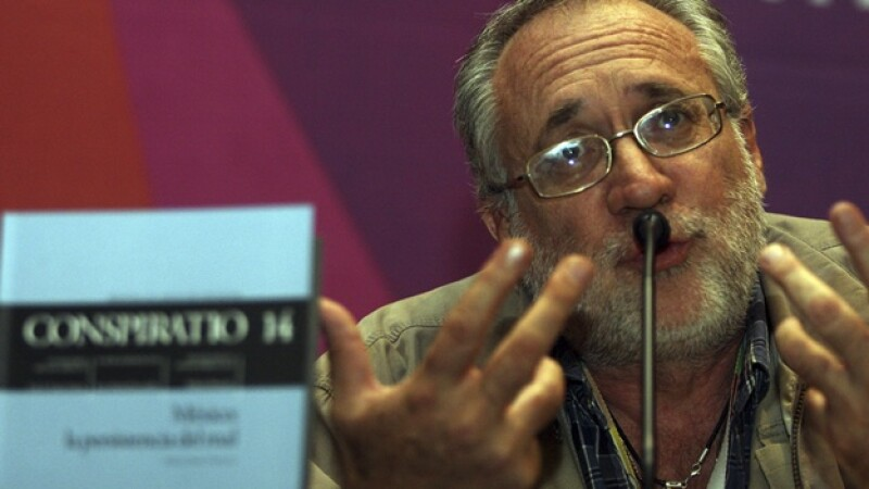 poeta y escritor javier sicilia
