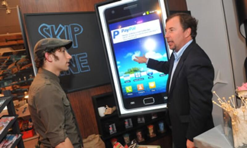 PayPal cuenta con una tienda demo en NY, pensada para que las empresas prueben su plataforma a través de móviles. (Foto: AP)