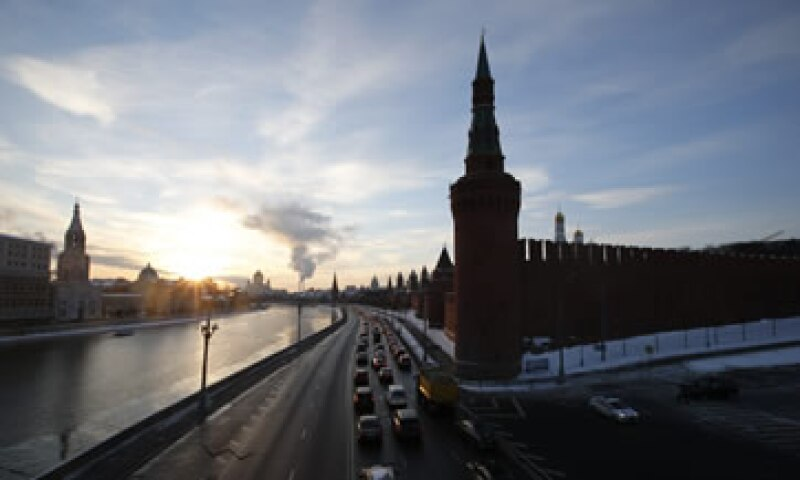 La fortaleza financiera del Gobierno disminuirá materialmente como resultado de las presiones fiscales, dijo la firma. (Foto: Reuters )