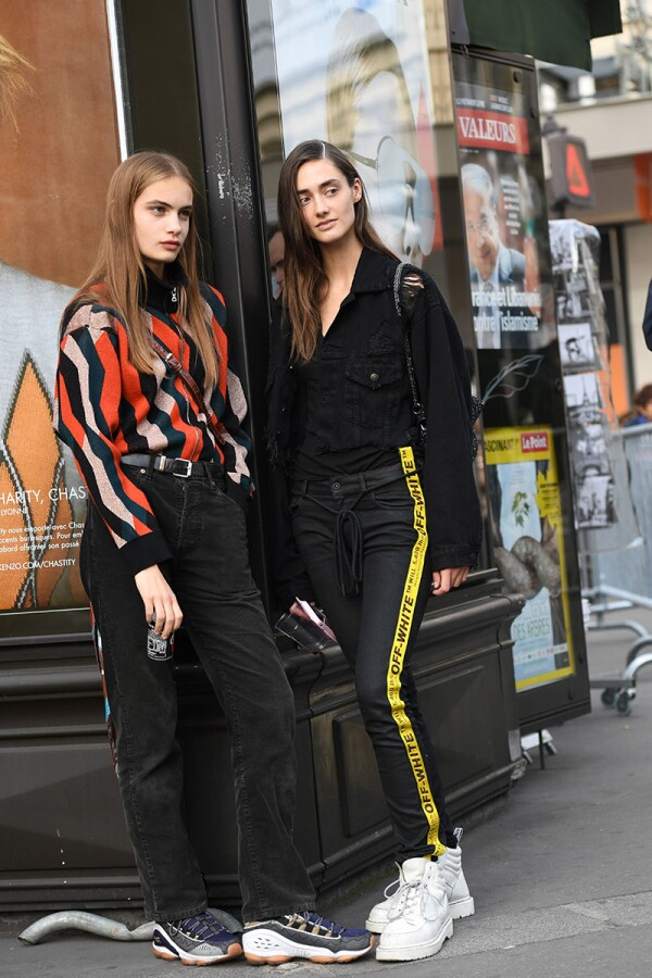 Street Style, Spring Summer 2018, Paris Fashion Week, France - 27 Sep 2017
