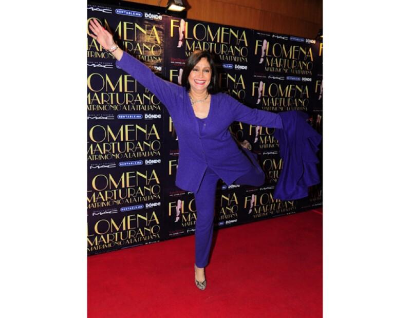 La actriz y cantante mexicana recibió ayer su alta médica tras siete meses de luchar con el cáncer de mama que se le diagnosticó a finales de 2011.