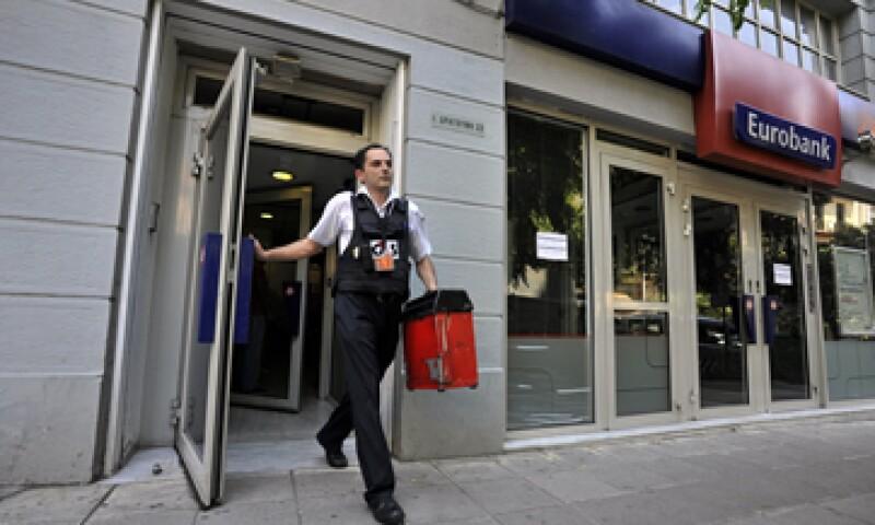 Grecia planea extender el cierre de los bancos al menos por unos días más, según información extraoficial.(Foto: Reuters )