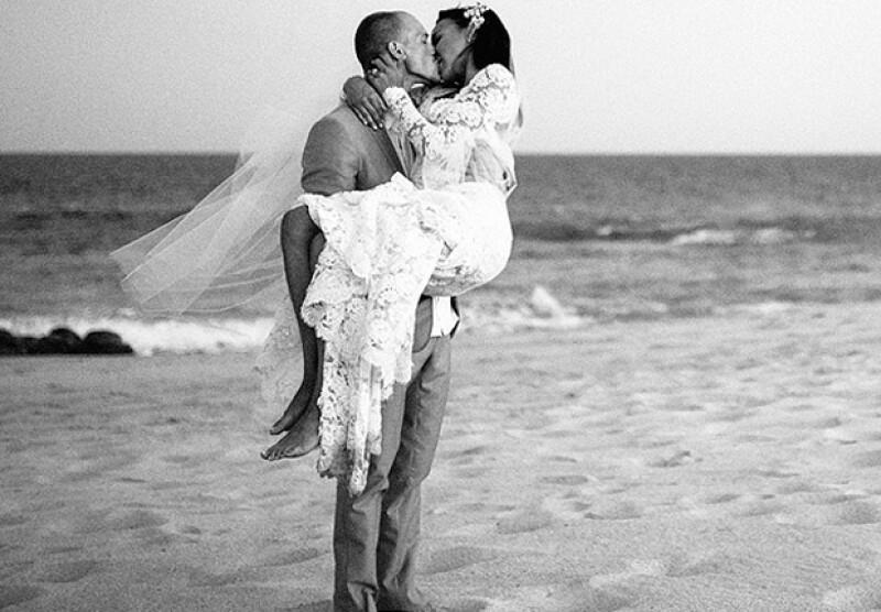 Hace tres meses aún iba a casarse con su entonces prometido, el rapero Big Sean. Sin embargo, el fin de semana sorprendió con una boda relámpago con su amigo de toda la vida, el actor Ryan Dorsey.
