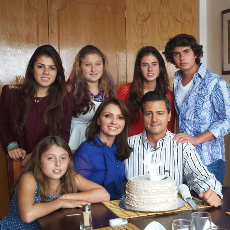 La familia festejó unida el cumpleaños de Angélica Rivera.