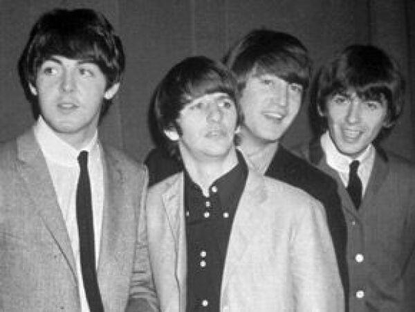 Casi 40 años después de su disolución, los Beatles siguen batiendo récords por ventas de discos.
