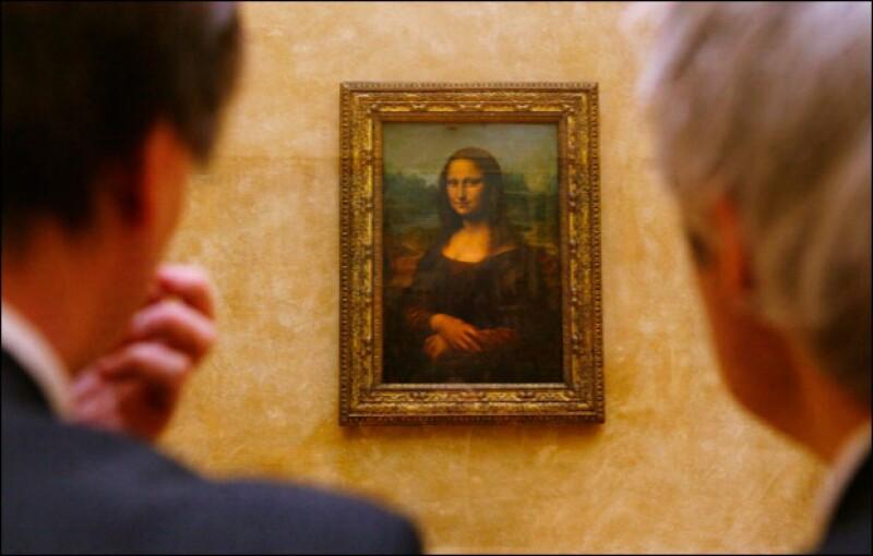 Por cientos de años, la sonrisa de la Gioconda ha mantenido cautivos a todos sus expectadores. Siendo su efecto uno creado por Leonardo en sus pinturas.