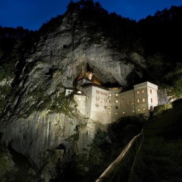 Castillo Predjama Eslovenia