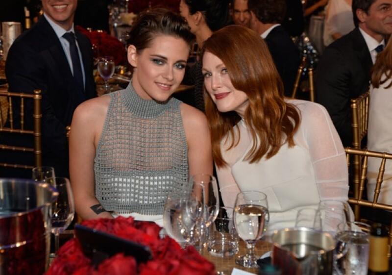Las actrices se mostraron felices de compartir la mesa.