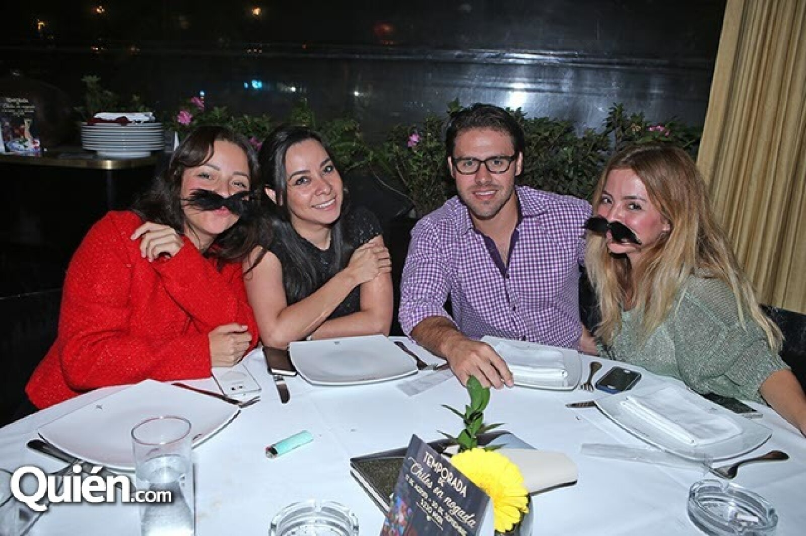 Julieta Cisneros,Priscila Flores,Gabriel García y Bogart Adán