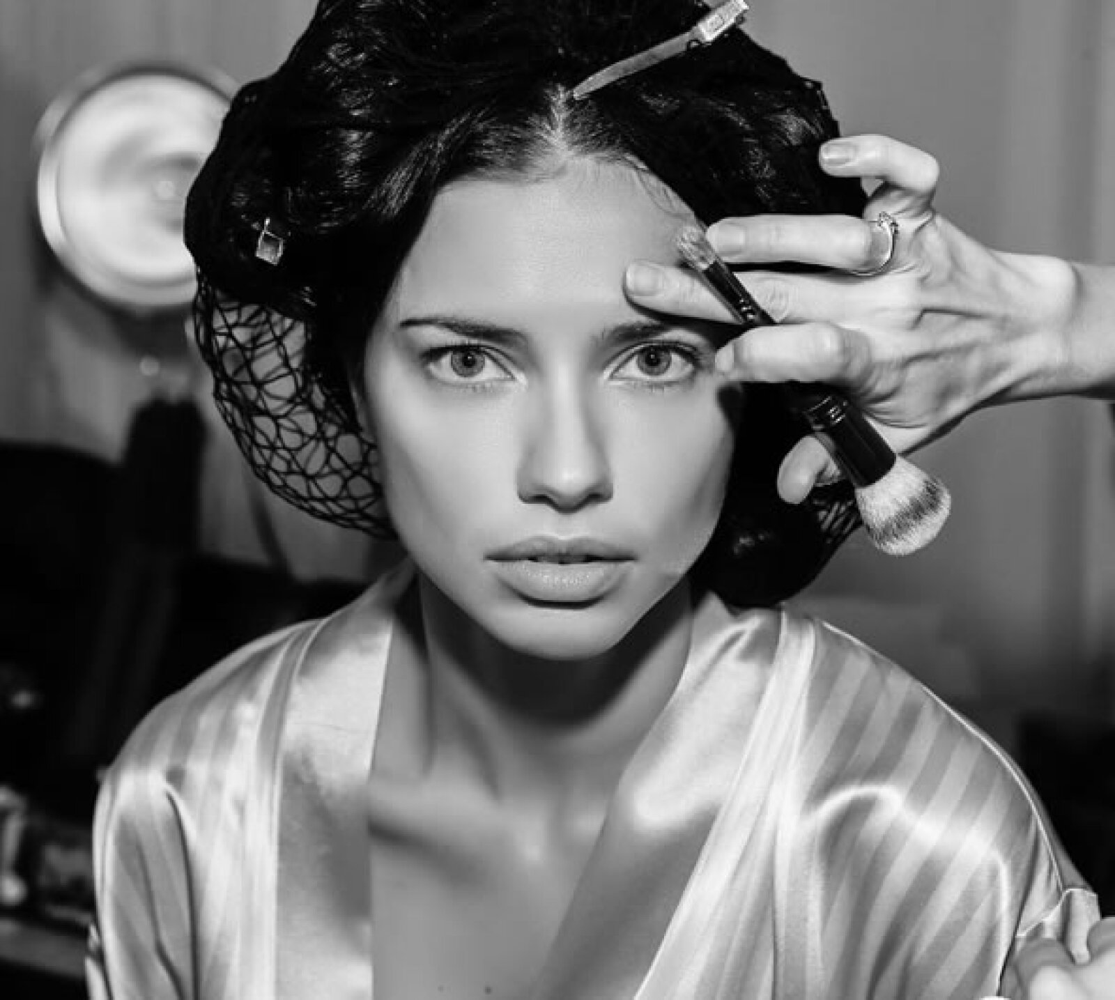 Stunning! Sólo así podemos describir a Adriana Lima.