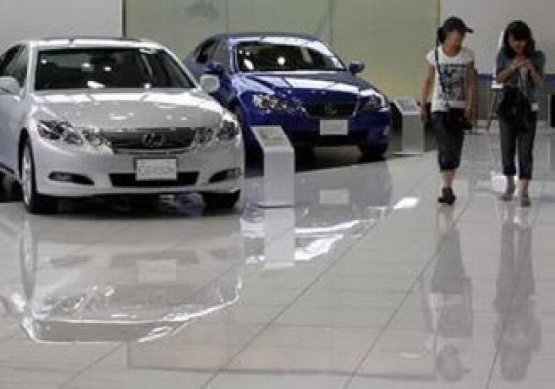 Toyota ofreció disculpas por la última falla que se detectó en sus unidades. (Foto: Reuters)