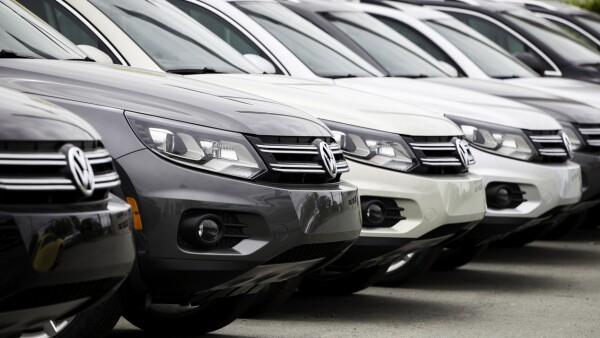 New Volkswagen Tiguan Vehicles in a Row