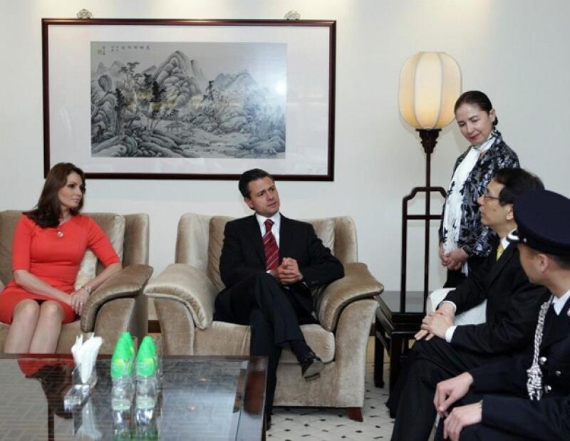 La primera dama de México arribó hoy junto al presidente Enrique Peña Nieto a la República Popular China con un estilo simple y minimalista.