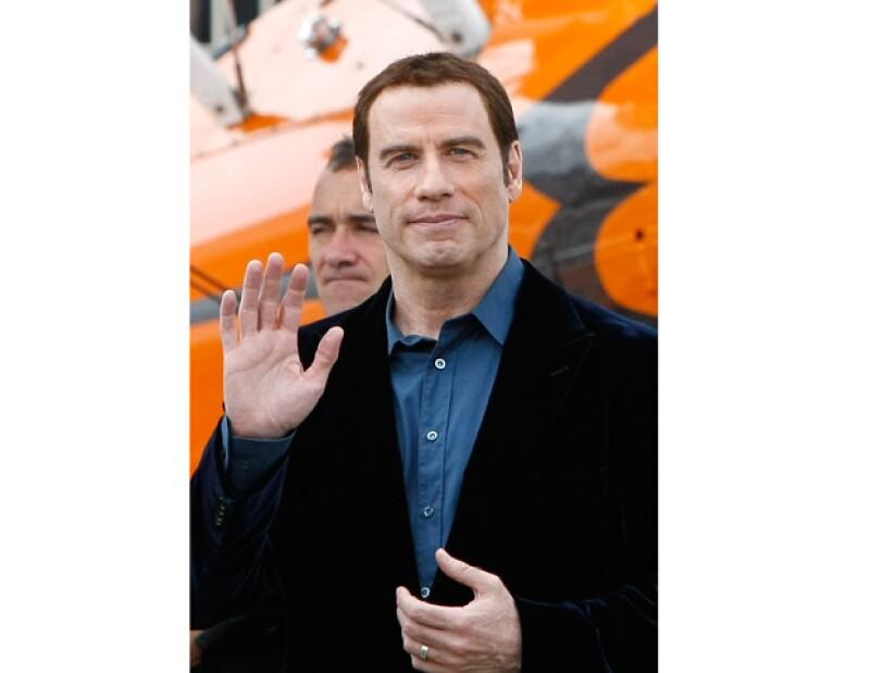 El actor fue demandado recientemente por un masajista de Los Ángeles, California, quien asegura que John le propuso tener relaciones sexuales con él.