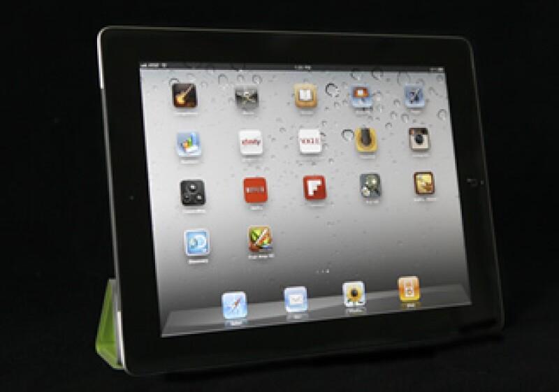 La iPad 2 estará disponible en 200 tiendas de la tecnológica y en minoristas como Best Buy, Target y Wal-Mart. (Foto: AP)