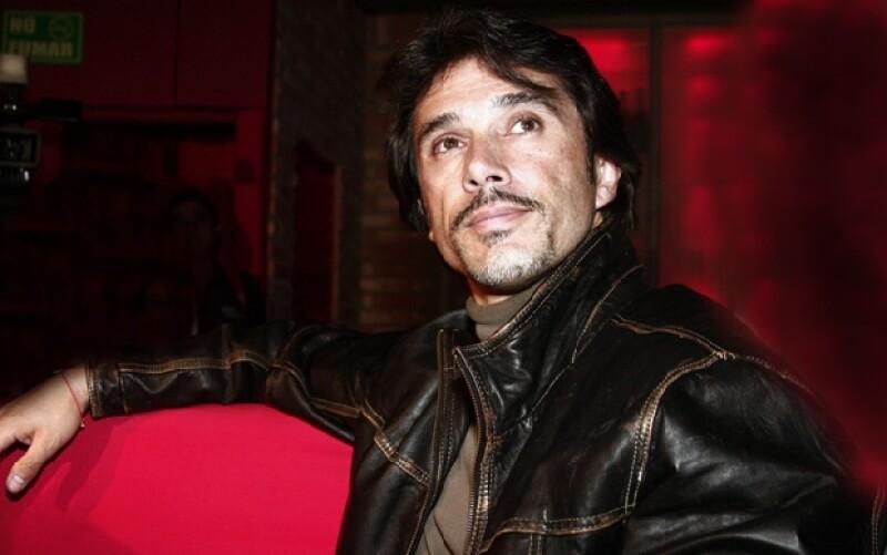 El actor, cantante y empresario aseguró que no tiene nada que decir luego de que se le relacionara con la narcocinta que relata la historia del capo `La Barbie´.