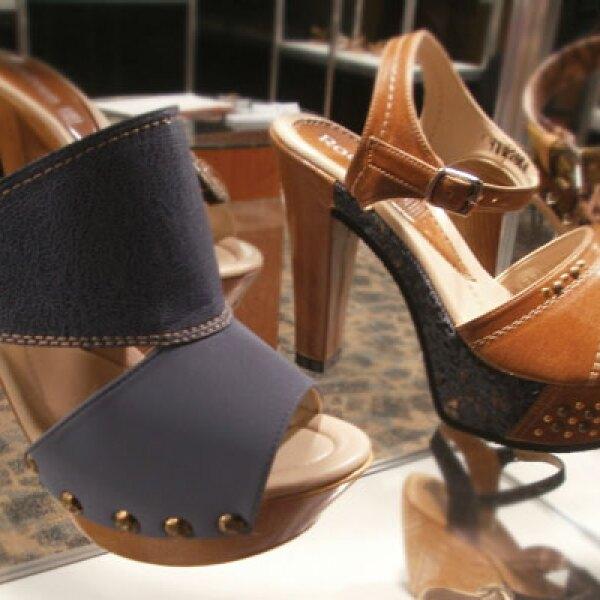 La industria del calzado genera 137,885 empleos directos y 275,770 empleos indirectos.