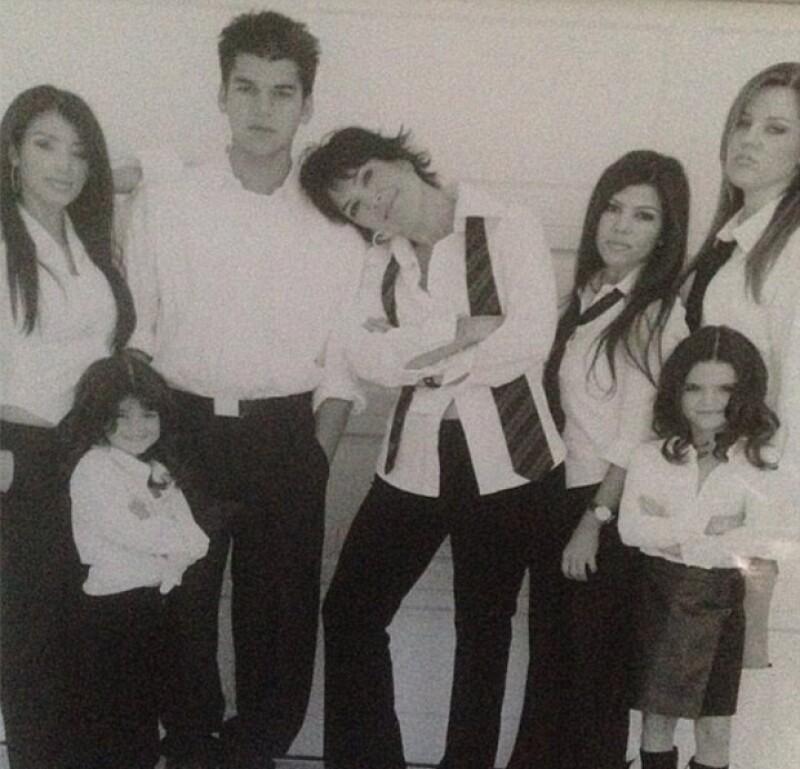 Kris se mostró agradecida y orgullosa con sus seis hijos.