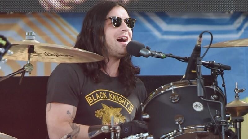 El baterista de la banda Kings of Leon tuiteó que se recupera tras un accidente vehicular