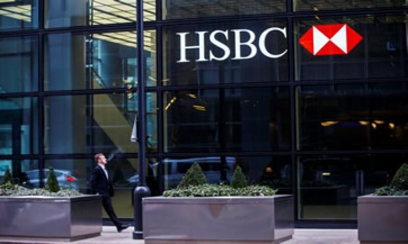 HSBC ha dicho que considerará la enajenación de negocios para simplificar al banco. (Foto: AFP )