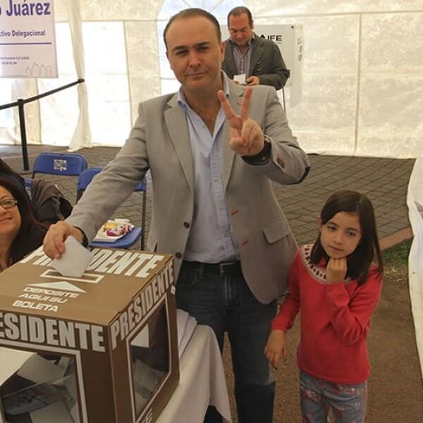 Luis Alberto Villarreal hija PAN votando