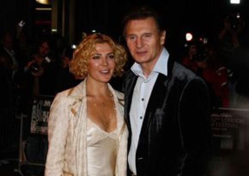 La actriz británica y esposa de Liam Neeson fue declarada en condición crítica en un hospital de Montreal que la atiende de las lesiones que sufrió en un percance cuando esquiaba en Quebec.
