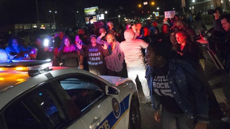 protestas Ferguson policías