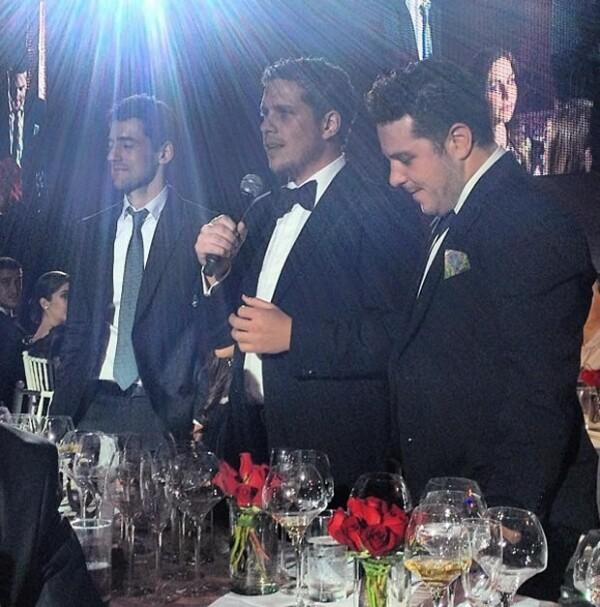 """Luis Gerardo Méndez y Gary Alazraki de """"Nosotros los Nobles""""."""