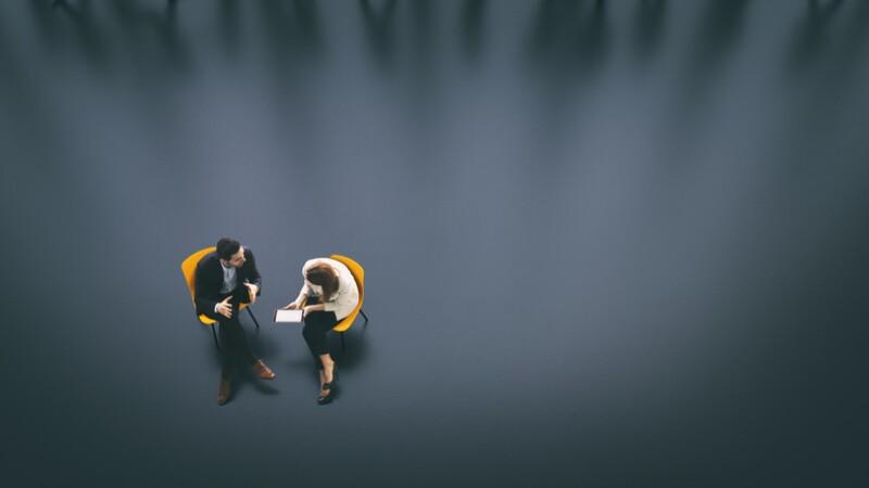 ejecutivos negociacion junta charla