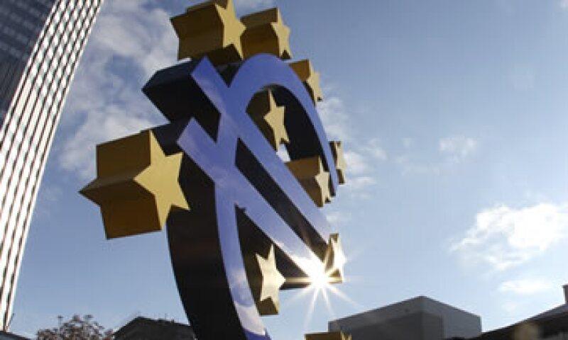Un operador añadió que los bancos centrales tenían como objetivo ser activos en los vencimientos de deuda a ocho y 10 años. (Foto: AP)