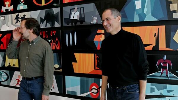 Después de su salida de Apple compró la firma de animación gráfica Lucas Film, que convirtió en los estudios Pixar, responsables de la creación de películas como Buscando a Nemo, Toy Story, Cars y Ratatouille.