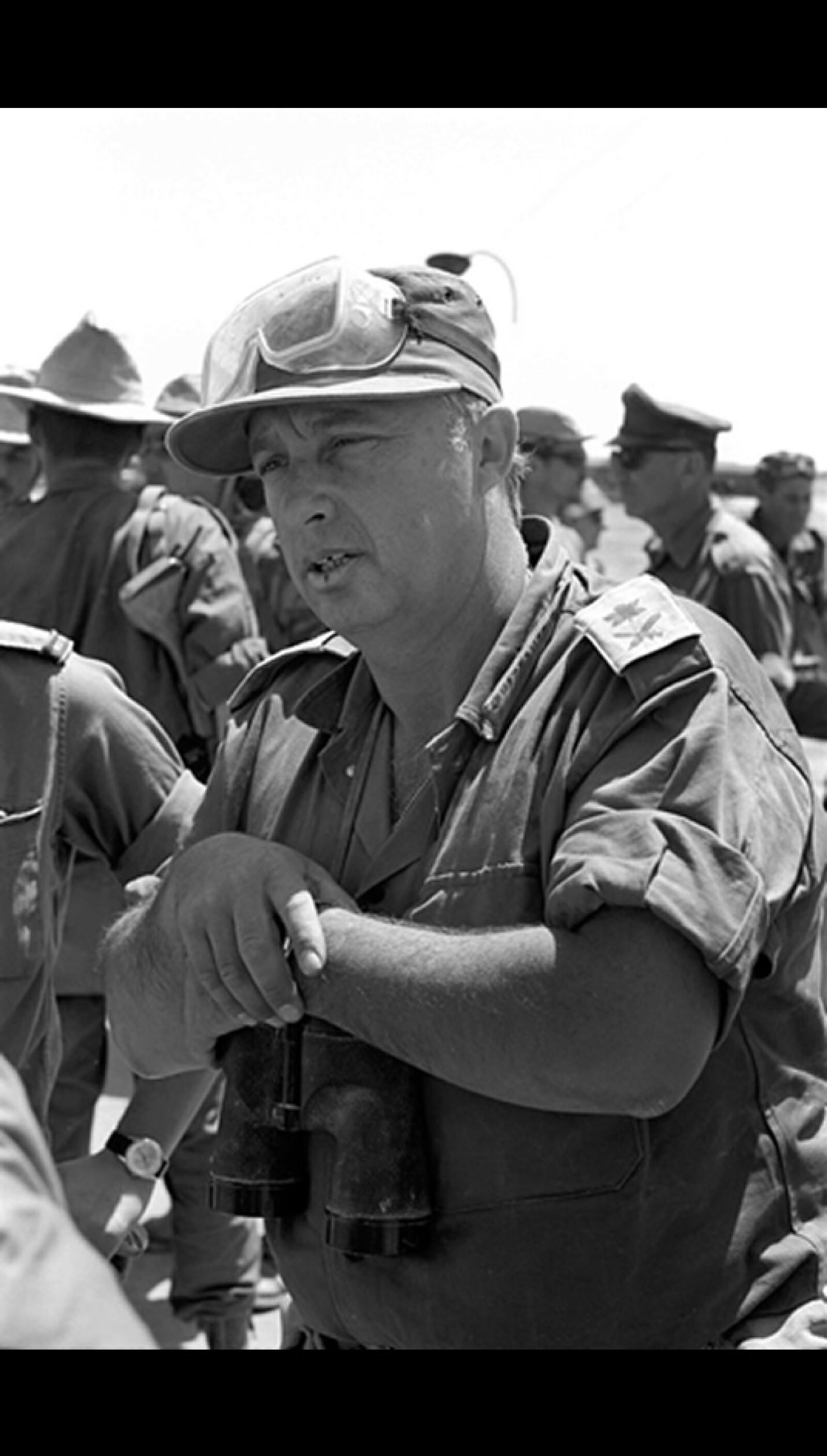 ariel sharon durante la guerra de los seis dias