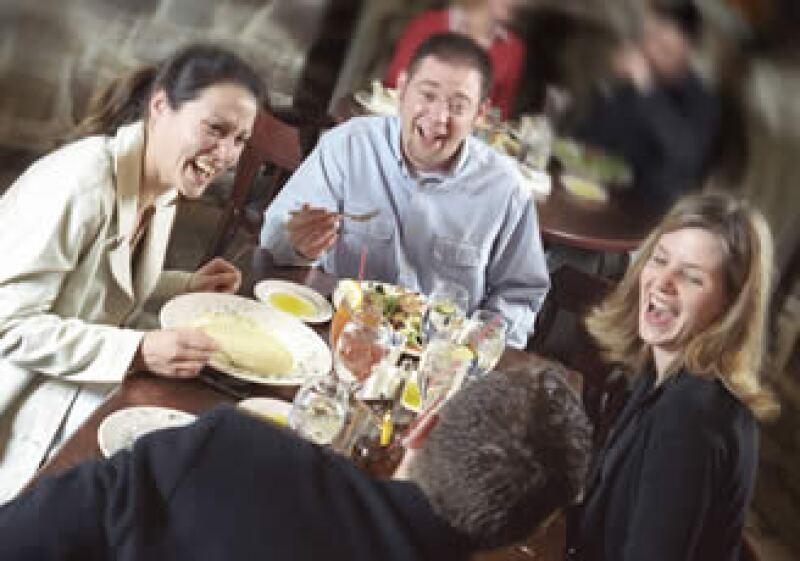 Conoce las preferencias de tus clientes  a través de las redes sociales.  (Foto: Photos To Go)