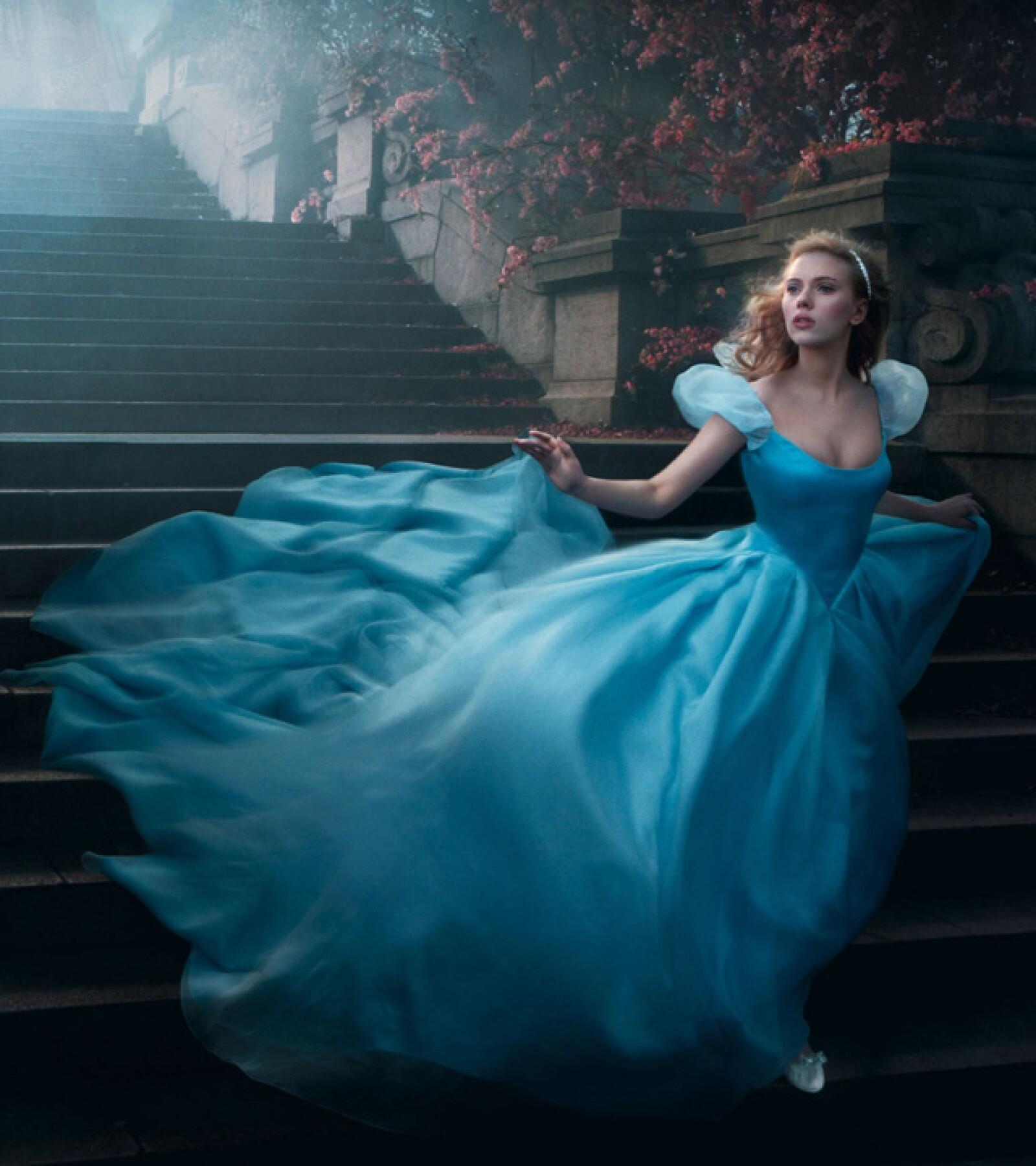 Scarlett Johansson como Cinderella
