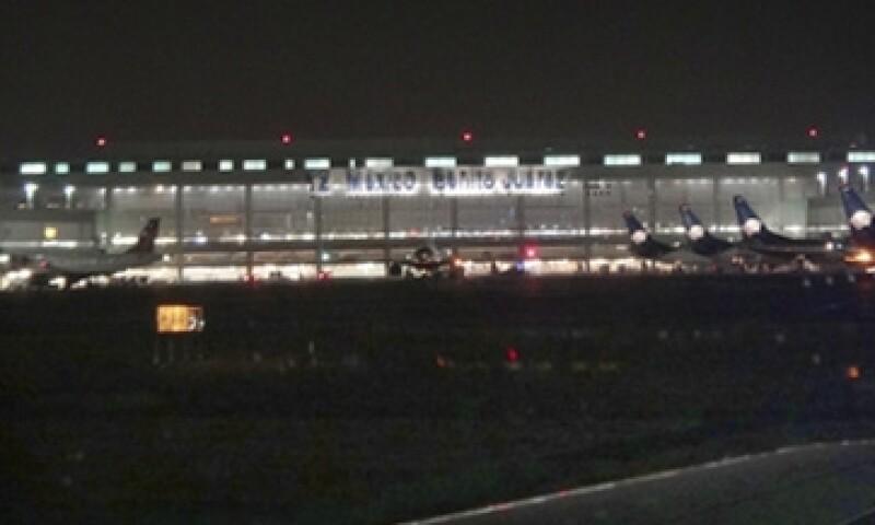 Aeropuerto noche